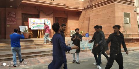Puppet Show during Swachhata Pakhwada at Gate No.6, Krishi Bhawan, New Delhi on 25 Feb 2019